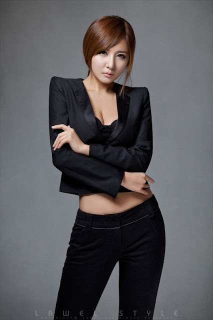asian beauty Ryu Ji Hye