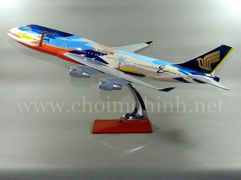 Mô hình máy bay dân dụng Singapore Airlines Boeing 747-400 Tropical