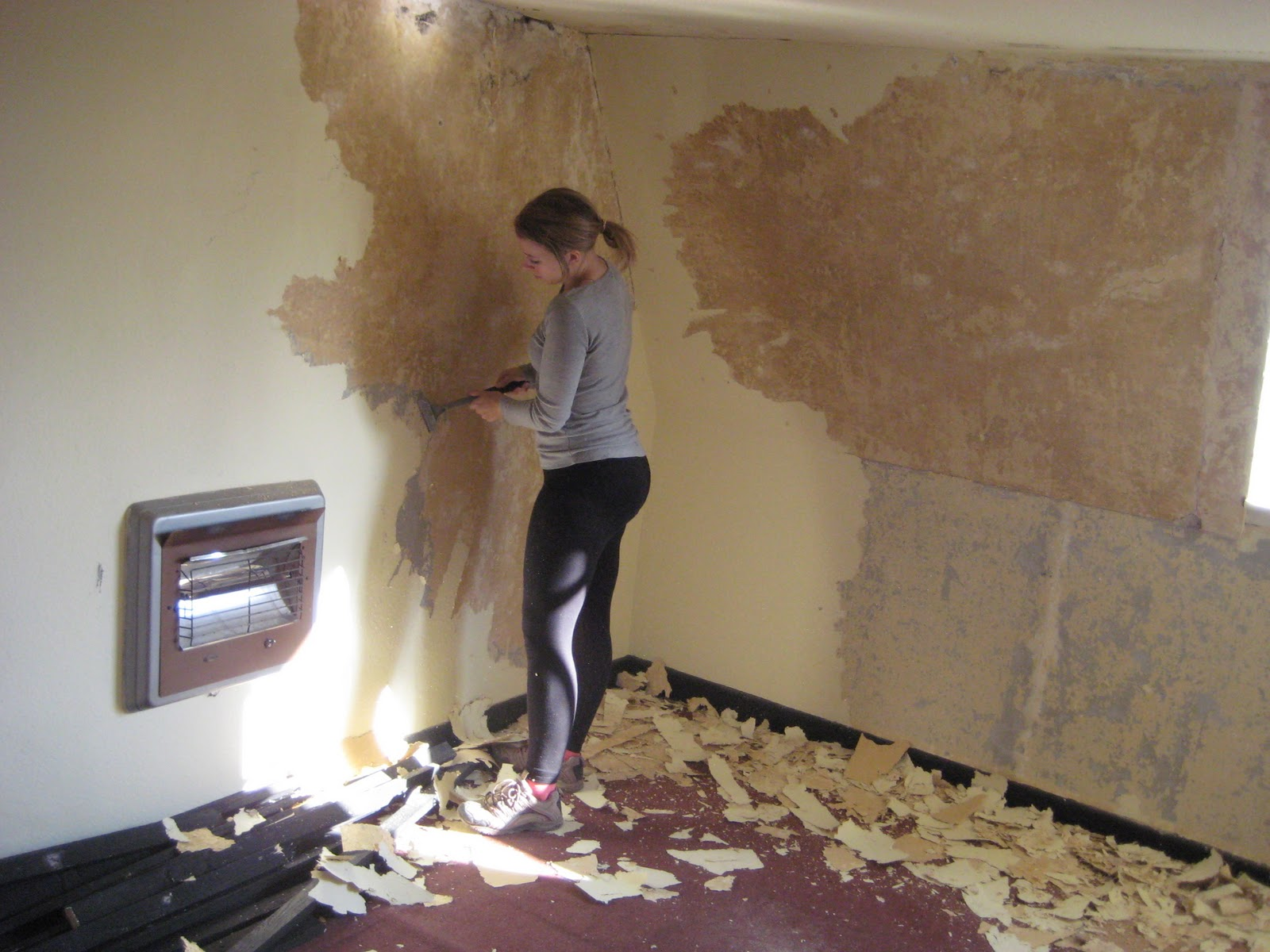 Having Lots Of Fun Stripping The Woodchip