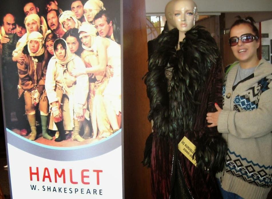 hamlet revolution