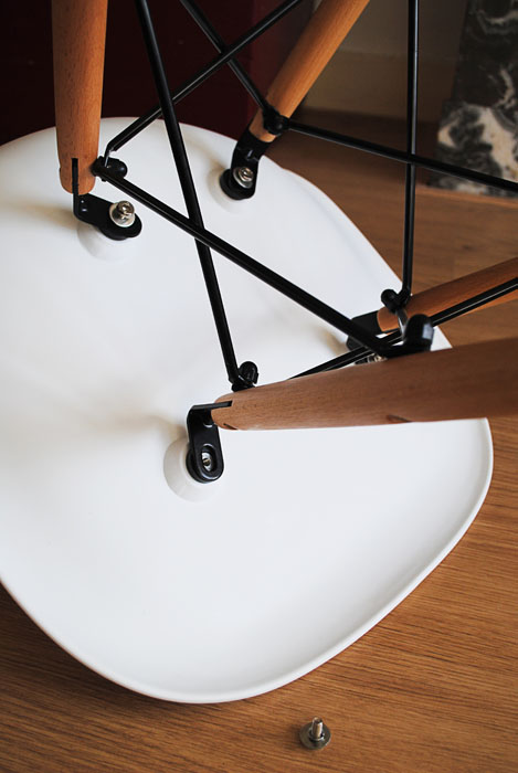 Dutch design on a budget new in dsw replica for Stoel eames replica