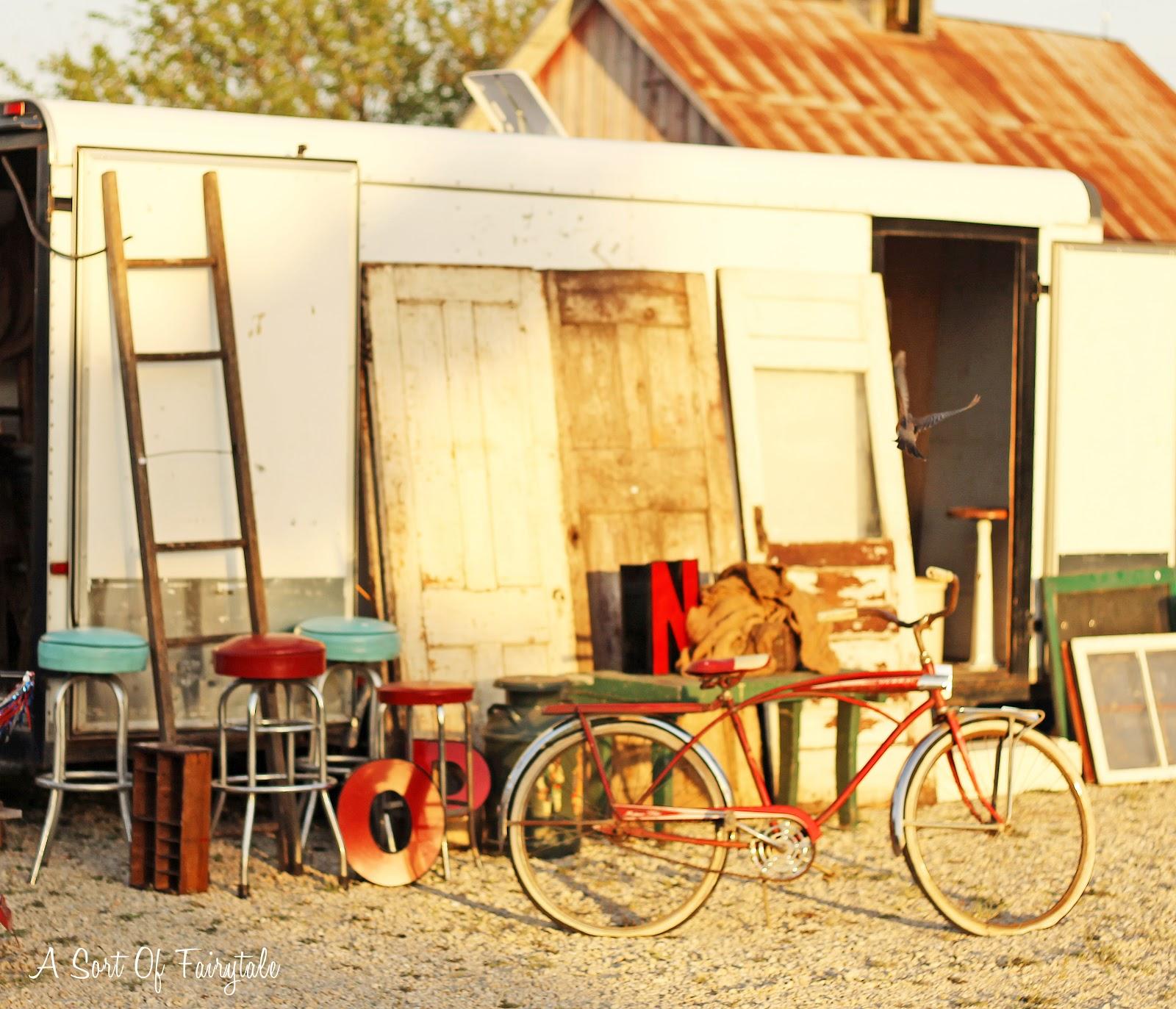A Sort Of Fairytale: Na-Da Farm Barn Sale Vendors