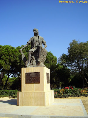 Monumento Cristobal Colon Huelva