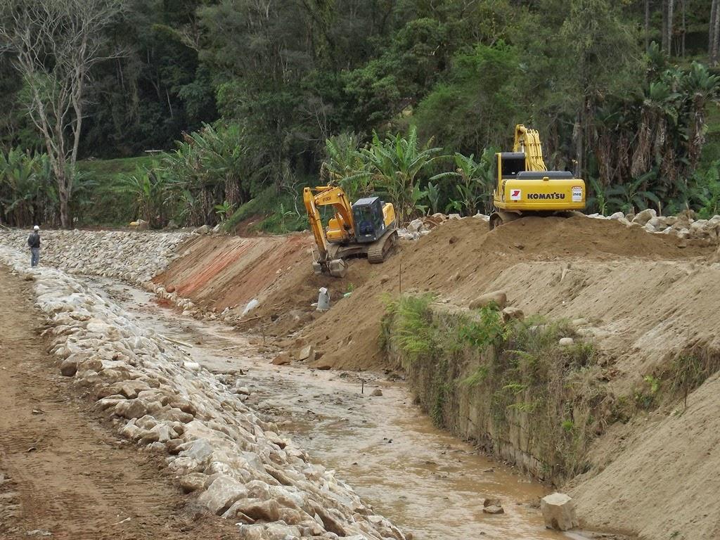 Obras no trecho da Posse em Teresópolis