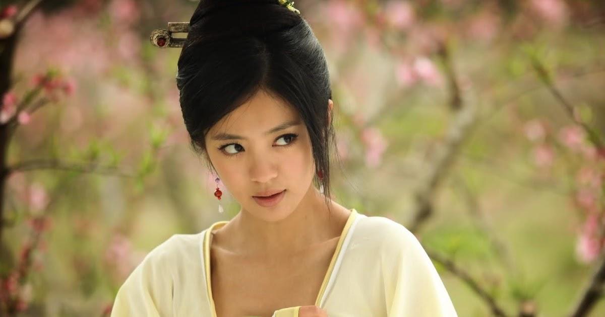 Asian Sirens · Ady An 安以轩