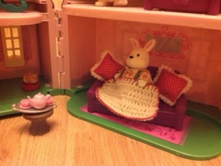 DIY doll house accessories
