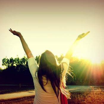 Cerrare los ojos extenderé los brazos y seré libre.