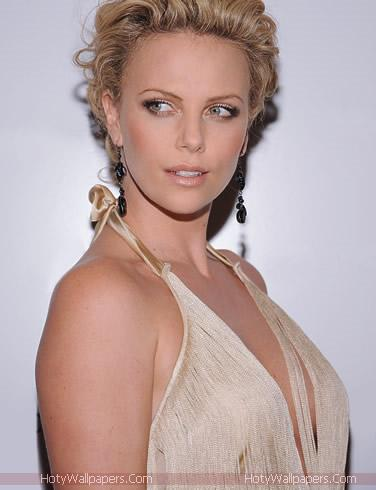Charlize Theron HD Wallpaper -08