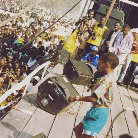 Throwback Photo OF Seun Kuti Singing On Stage As A Child