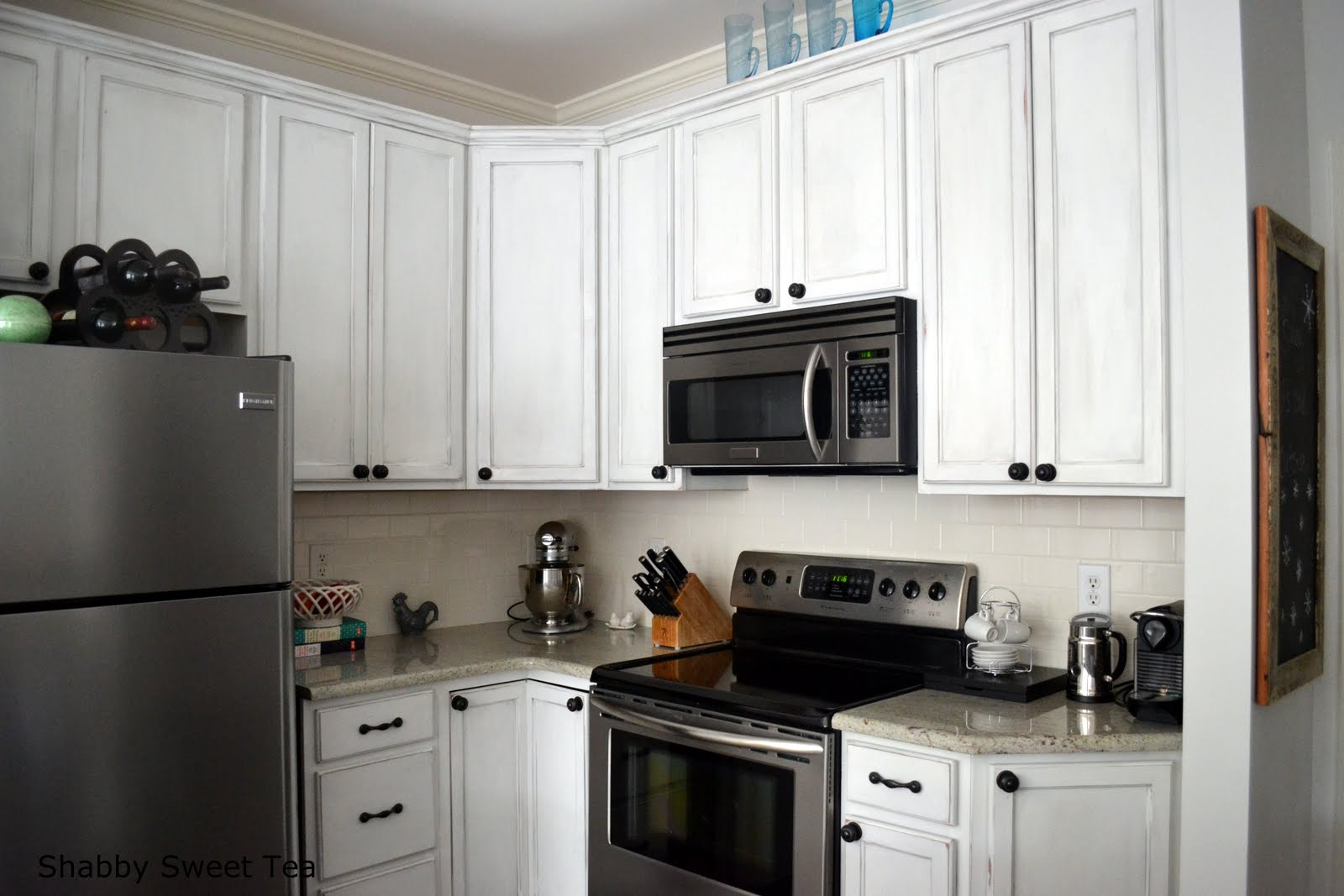 paint kitchen cabinets annie sloan chalk paint kitchen cabinets