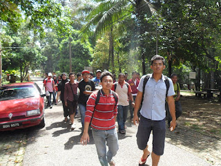 - trip to air terjun sekayu -