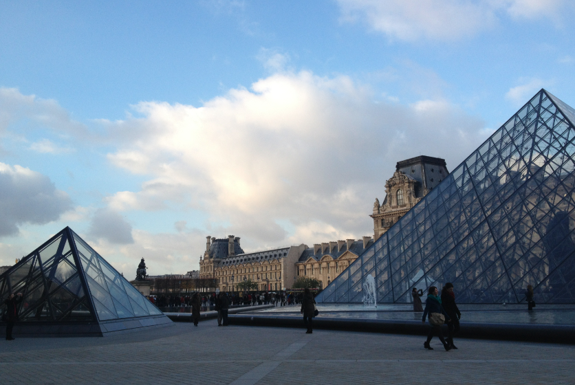 What I've Learned From Traveling Alone in Paris