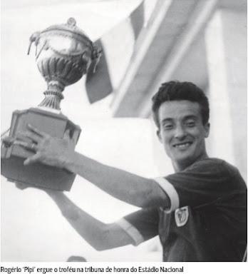 Clique na imagem e veja a grande reportagem da vitória do Benfica na Taça Latina de 1950