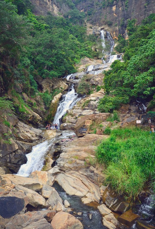 A waterfall located in the surroundings of Nuwara Eliya