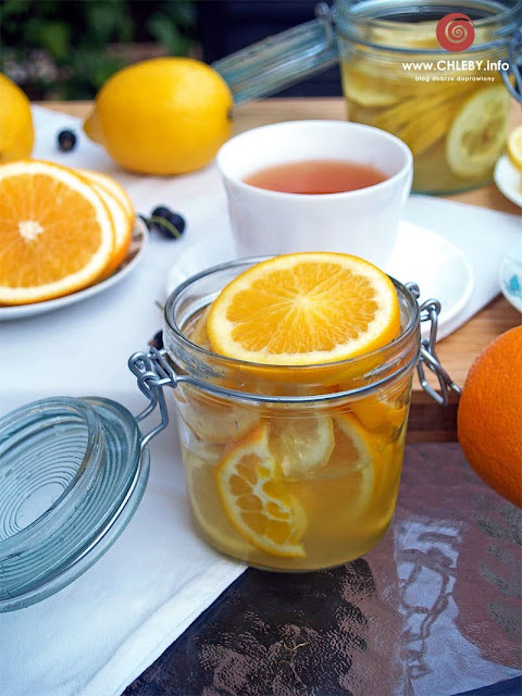 Pomarańcze w cukrze do herbaty
