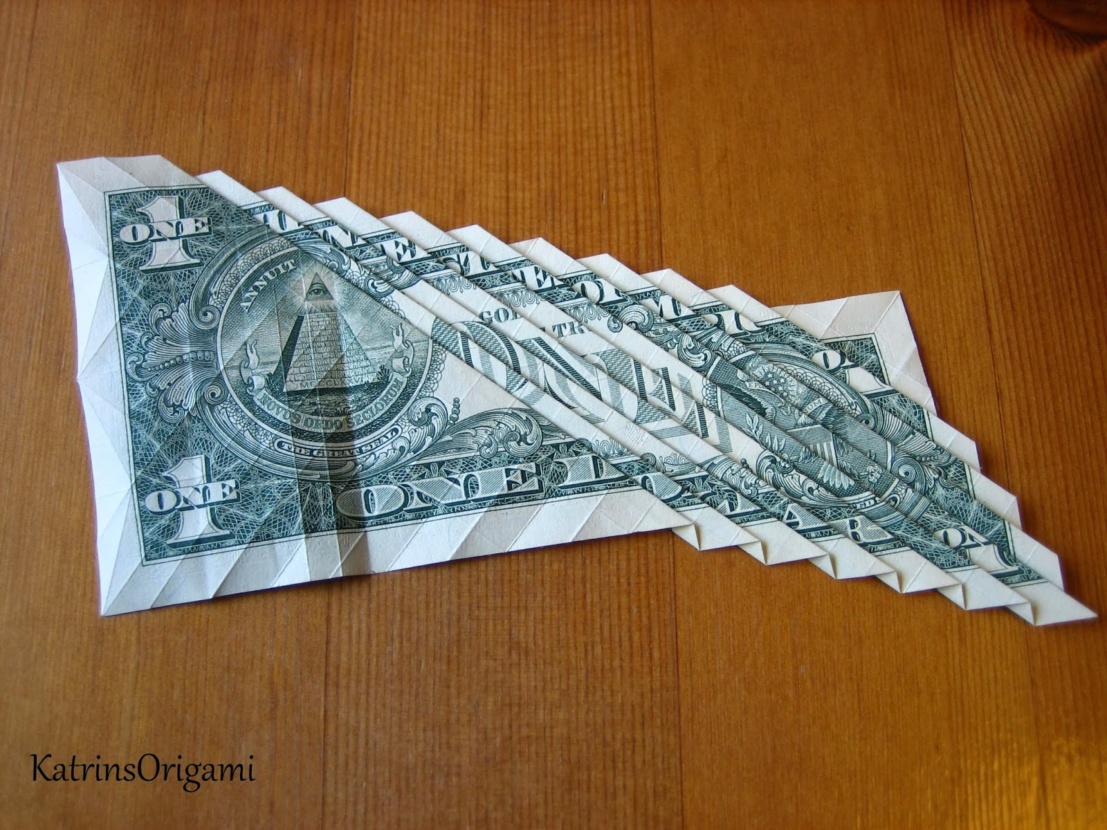 Origami die Kunst des Papierfaltens: Origami 1 $ Koi Fish - photo#41