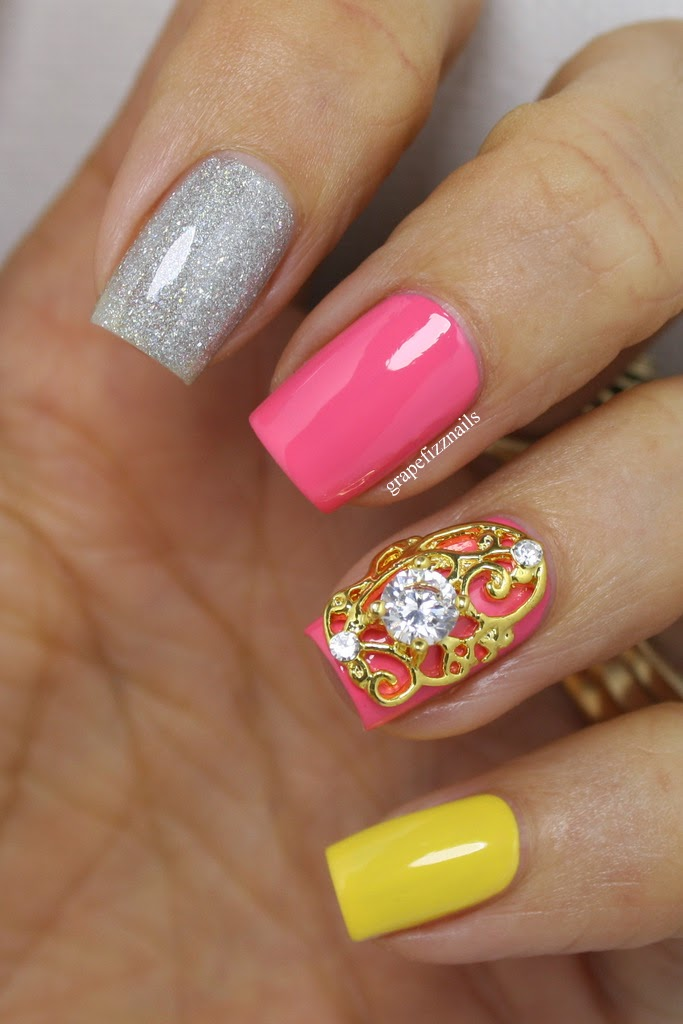 Also trashy a red dress with roses on 14k gold posted nail charms