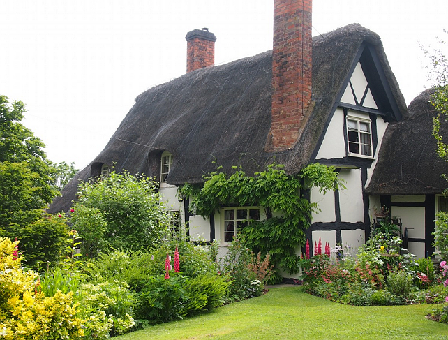 New home interior design thatched cottage for English cottage style homes for sale