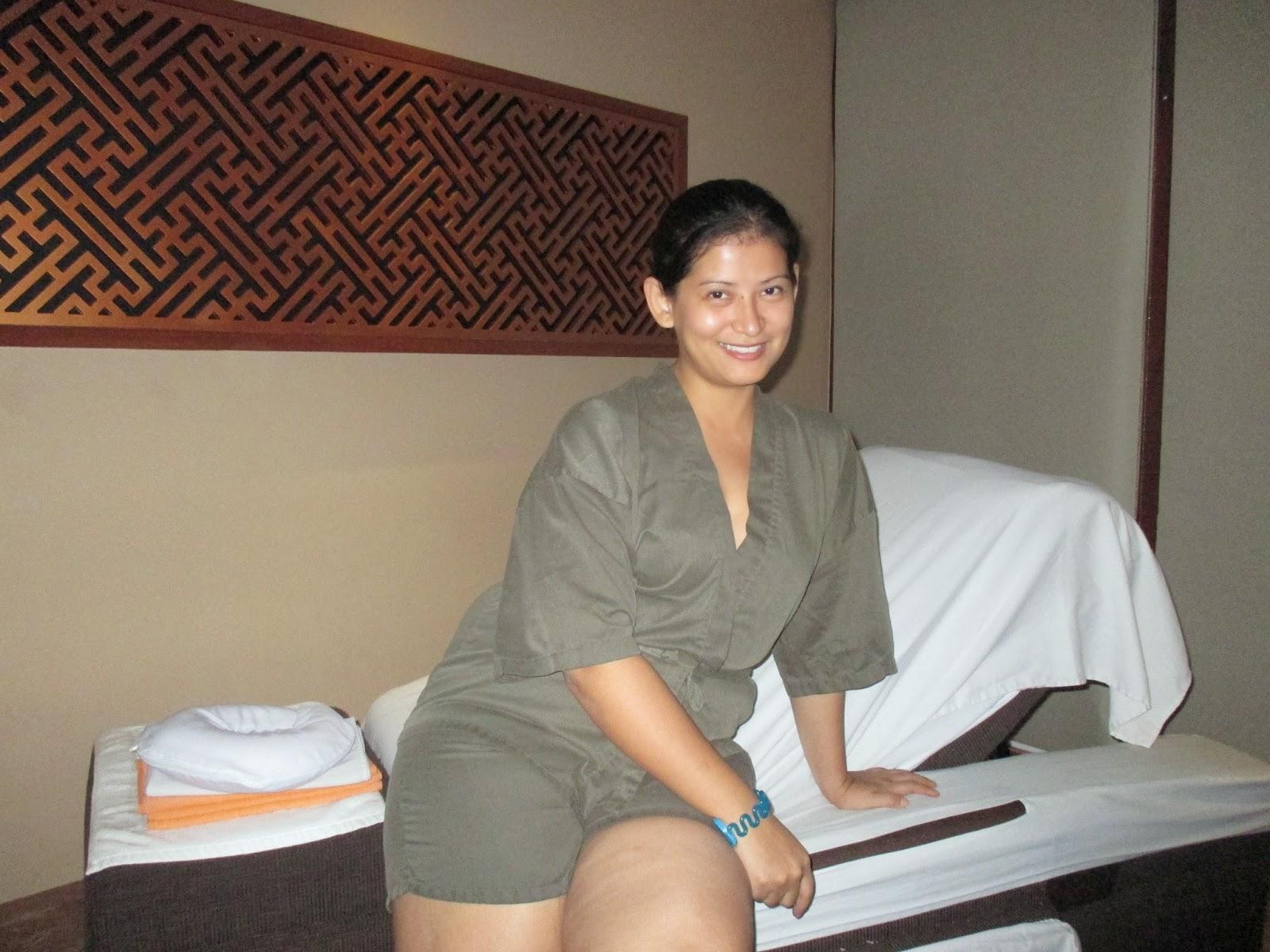 blackhair private nude massage