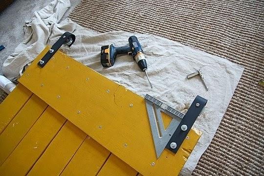 Instrucciones de como hacer una puerta corredera con palets - Hacer puerta corredera ...