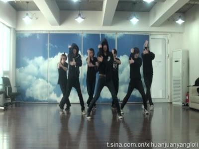 """El nuevo grupo de la SM Entertainment """"M1"""" 20110322_m1practicepic_01"""