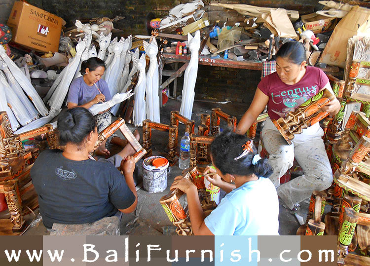 Bali Craftsmen Wood Carvings