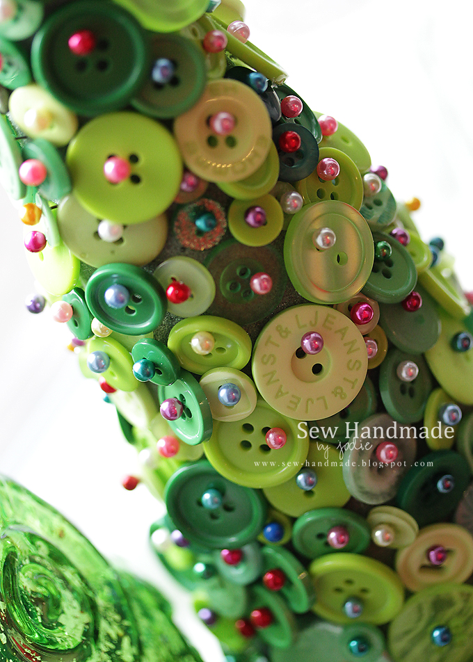 button craft holiday tree christmas tree