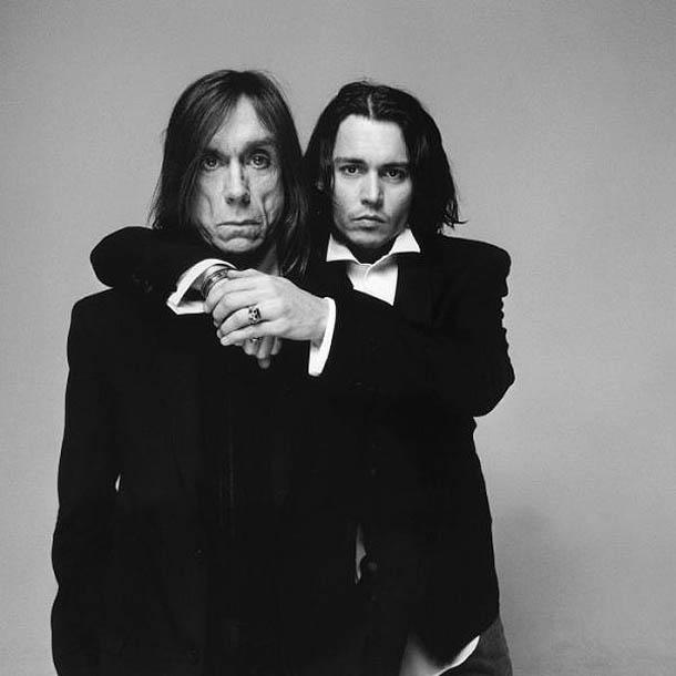 Fotografias a preto e branco de celebridades - Iggy Pop e Johnny Depp