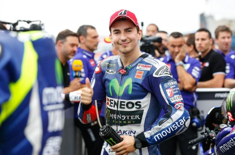 Hasil Kualifikasi MotoGP Jepang, Lorenzo dan Rossi Bersaing di Depan.