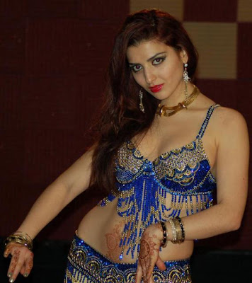 Arbi Sexy Mujra http://www.zimbio.com/Beautiful+Hot+Videos/articles/7aGHyGhV4fH/Arabic+Saudi+Belly+Dancer+Hot+Pics