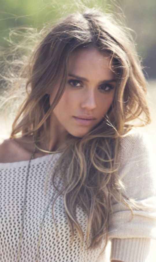 Anti-aging skin care. Visit www.forarealwoman.com  #fashion #beauty #blogger Jessica Alba, 33