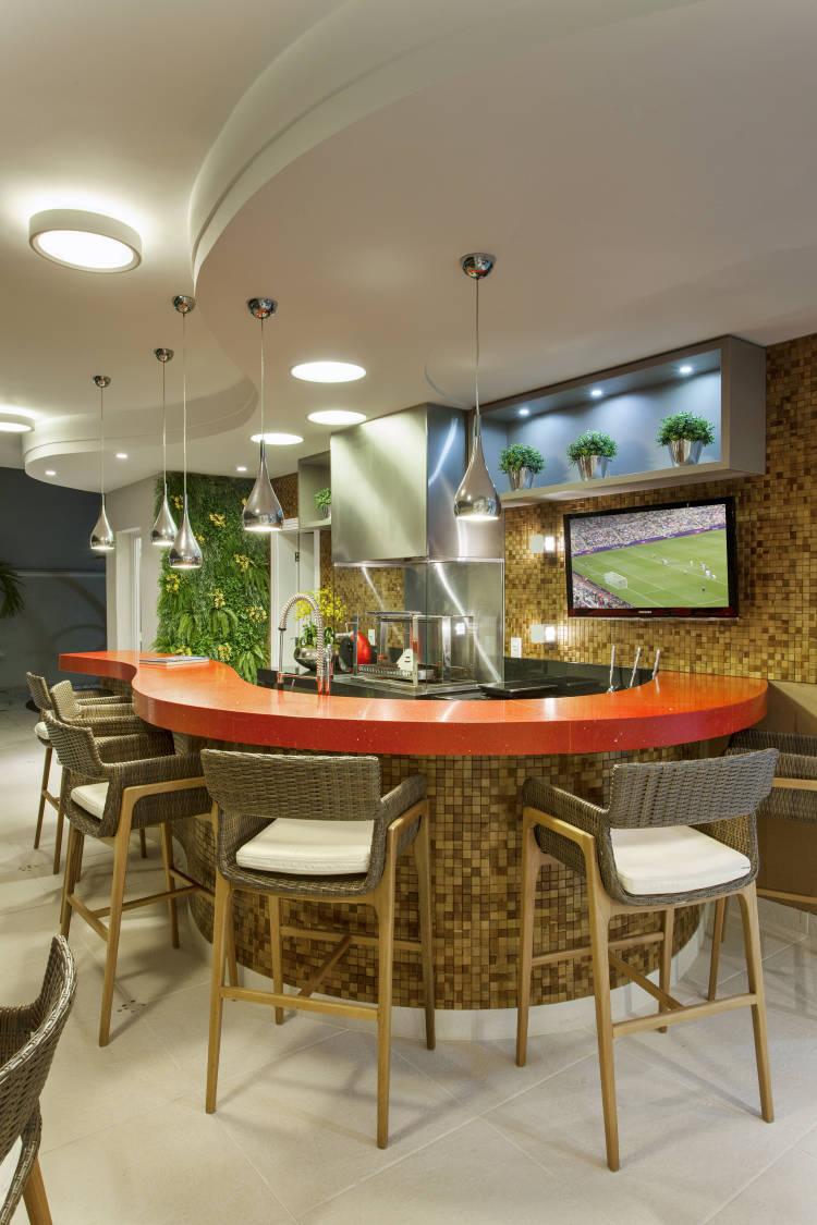 Rea de churrasco moderna com pastilhas ilha de - Decoracion de interiores de bares ...