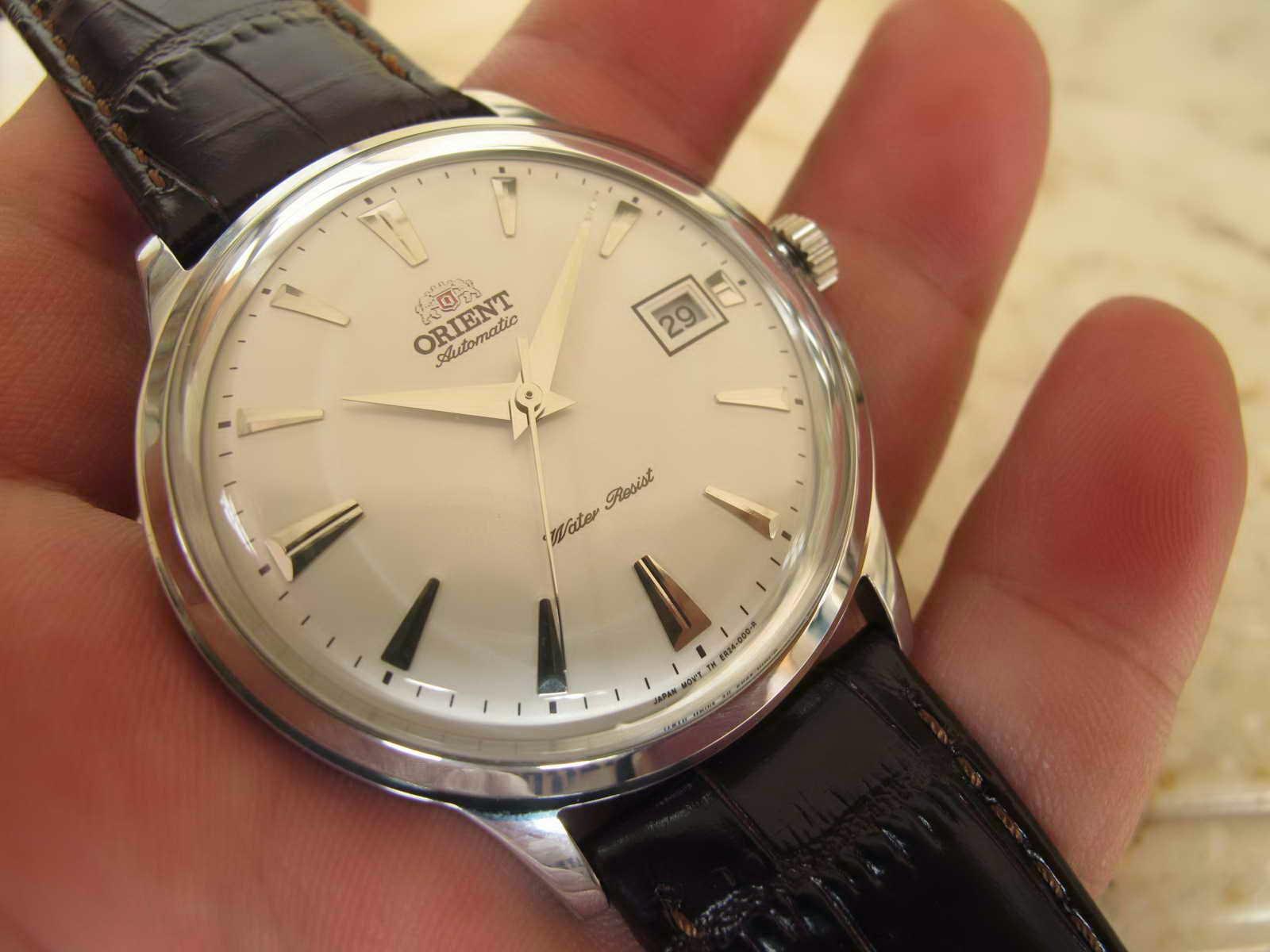 Kondisi jam tangan ORIENT BAMBINO WHITE DIAL ini Brand New Watch Lengkap dengan box manual dan warranty card Cocok untuk Anda yang sedang mencari