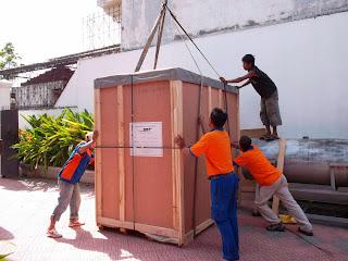 jasa pindahan/barang pindah di pekanbaru, di duri, di dumai, di pangkalan kerinci, di bukit tinggi, di padang,