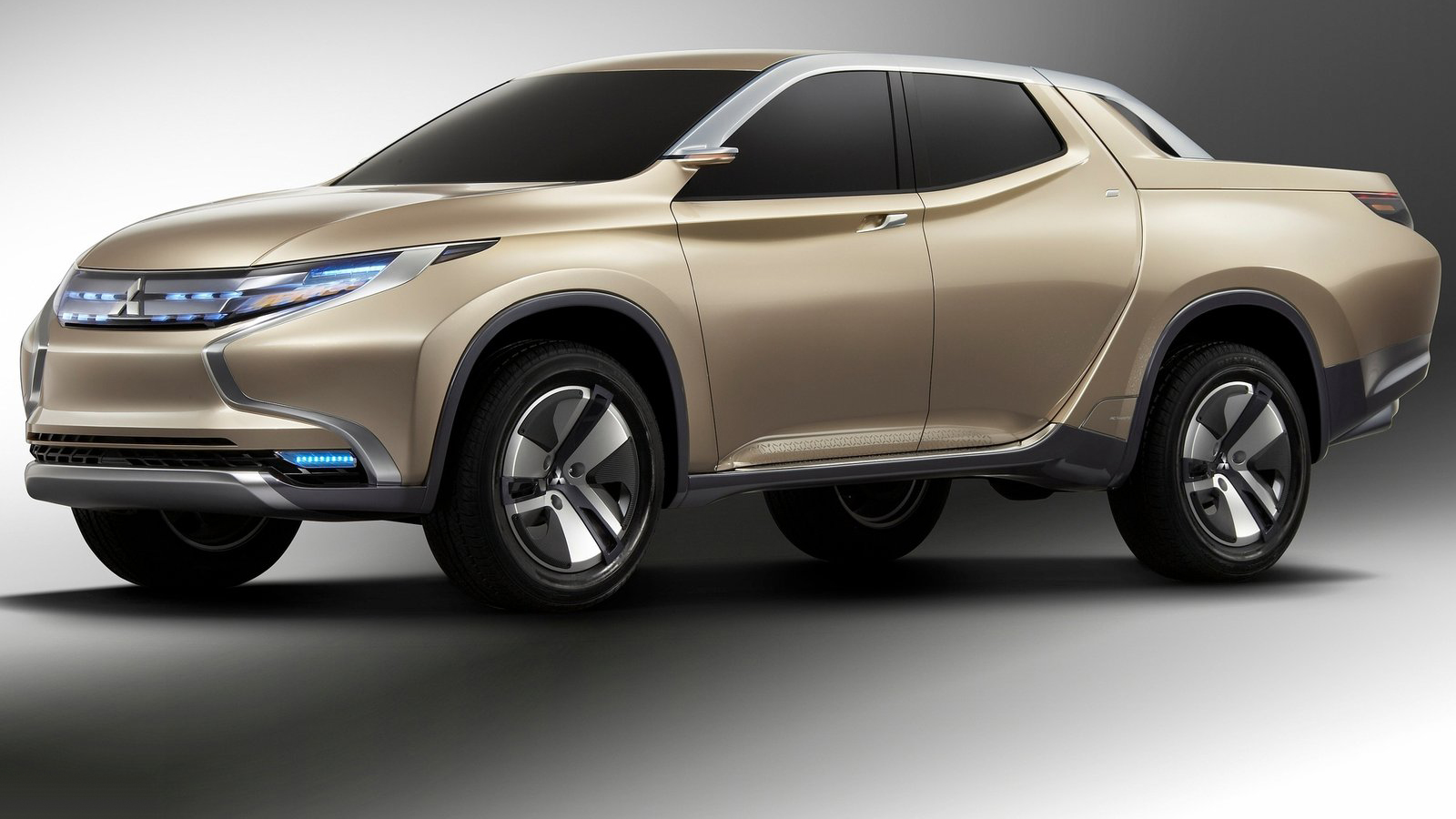 Nova Mitsubishi L200 2015 Preview | CARWP