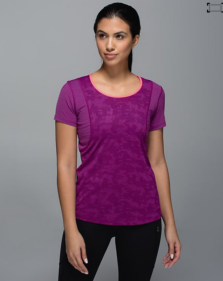 http://www.anrdoezrs.net/links/7680158/type/dlg/http://shop.lululemon.com/products/clothes-accessories/tanks-no-support/Run-For-Days-Tank?cc=9358&skuId=3592960&catId=tanks-no-support