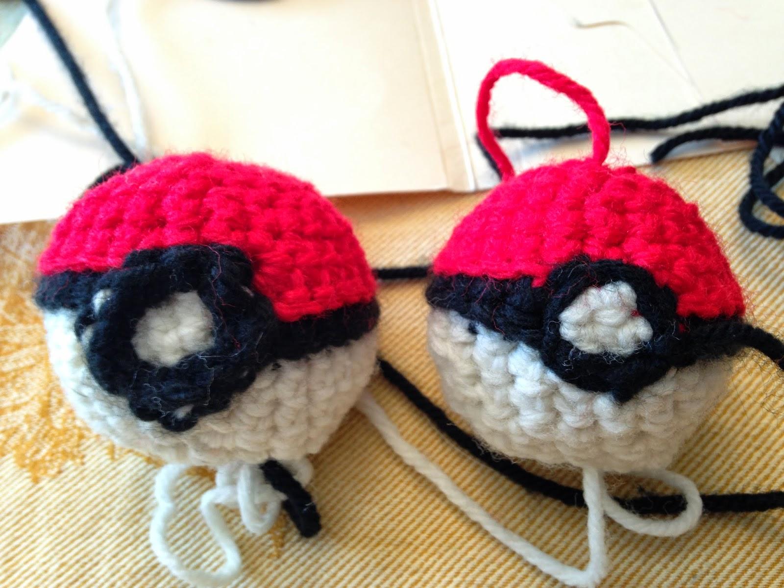 Creations Crochet 4 Pokeball Shift Knob Cover