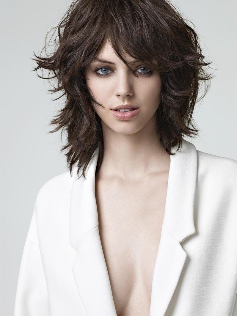 Modele de coiffure femme mi long - Coupe mi long 2016 ...