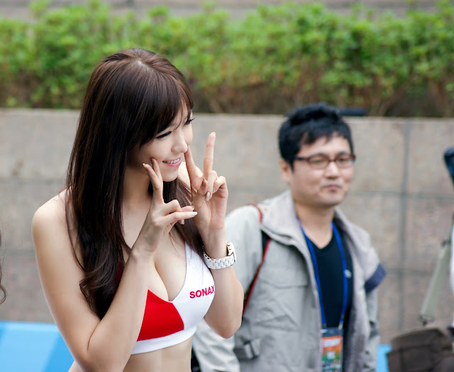 5 Lee Eun Hye - World IT Show 2013  - very cute asian girl - girlcute4u.blogspot.com