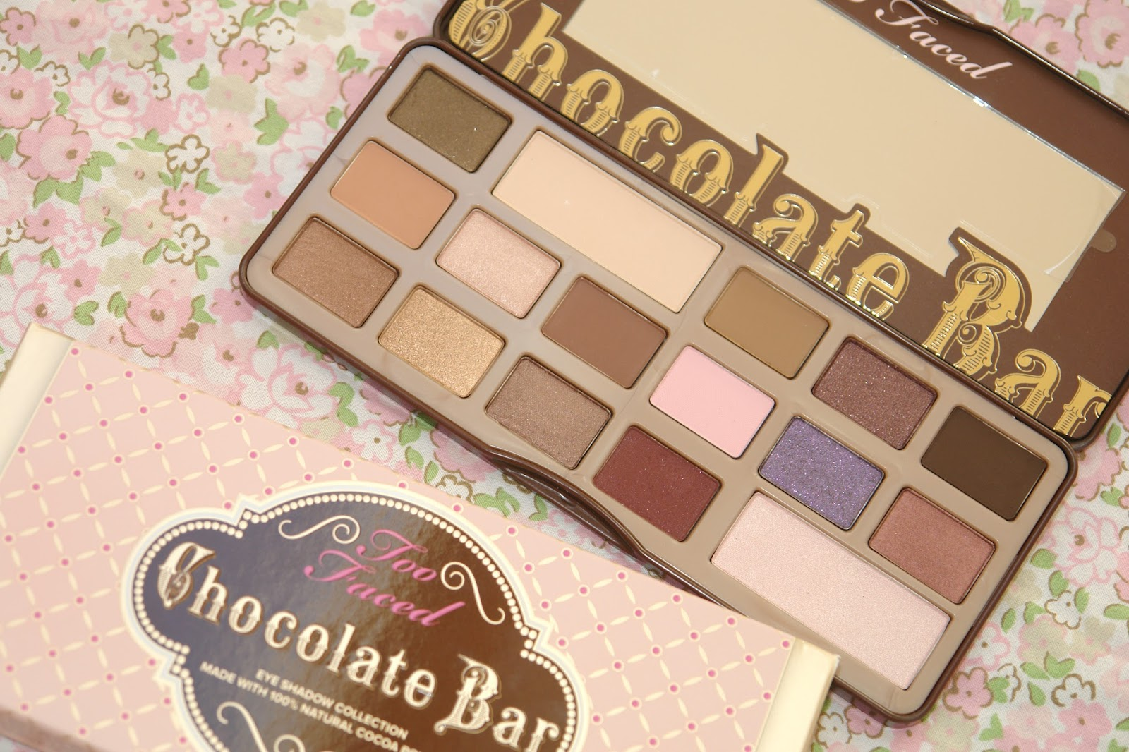 Too Faced Chocolate Bar palette, eye shadows, make up, palette, review, Too Faced, UK beauty blog