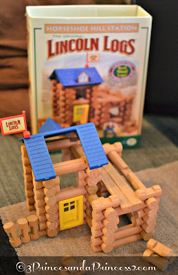 Horseshoe Hill Station - Lincoln logs #Knex