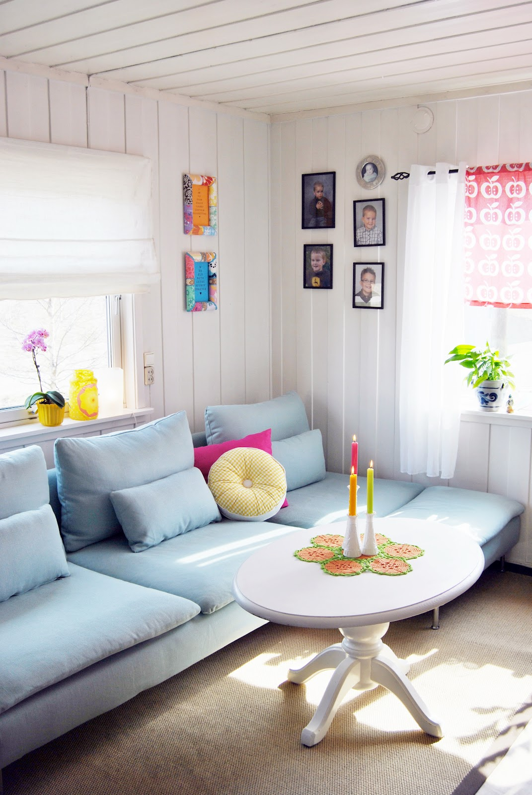 #7E6D4D Decoração – salas de estar com toques de neon!! Casinha colorida 1071x1600 píxeis em Decoraçao De Sala De Estar Colorida