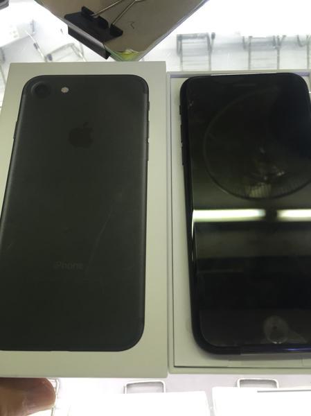 Iphone 7 black jat