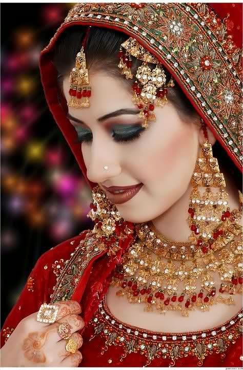 Mehndi Dulhan Makeup : Beautiful latest simple arabic pakistani indian bridal