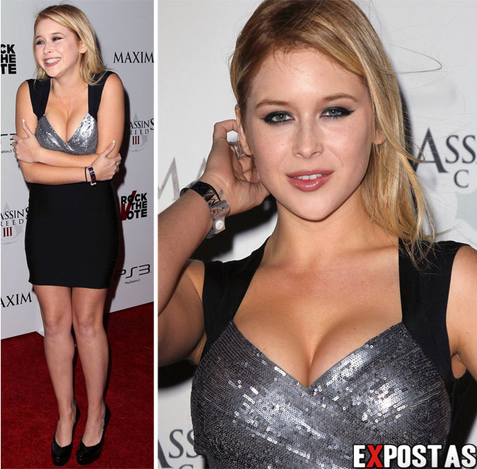 Renee Olstead: Maxim Rock The Vote & Assassin's Creed 3 party - Los Angeles - 24 de Outubro de 2012