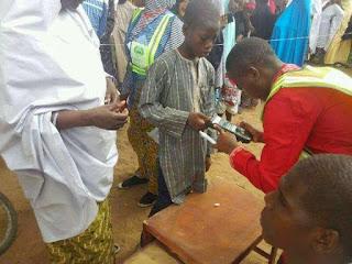 Nigerians reacts to INEC statement on registration of underage voters