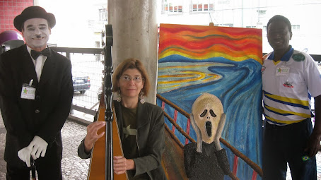 harpista Cely Rodrigues, Chaplin e Pelè