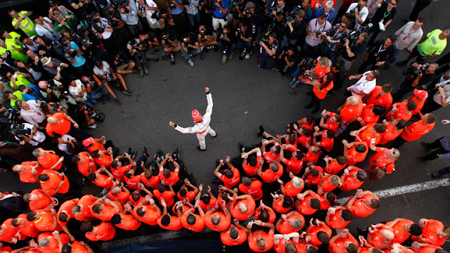 JENSON WINS HIS 50TH GP WITH McLAREN