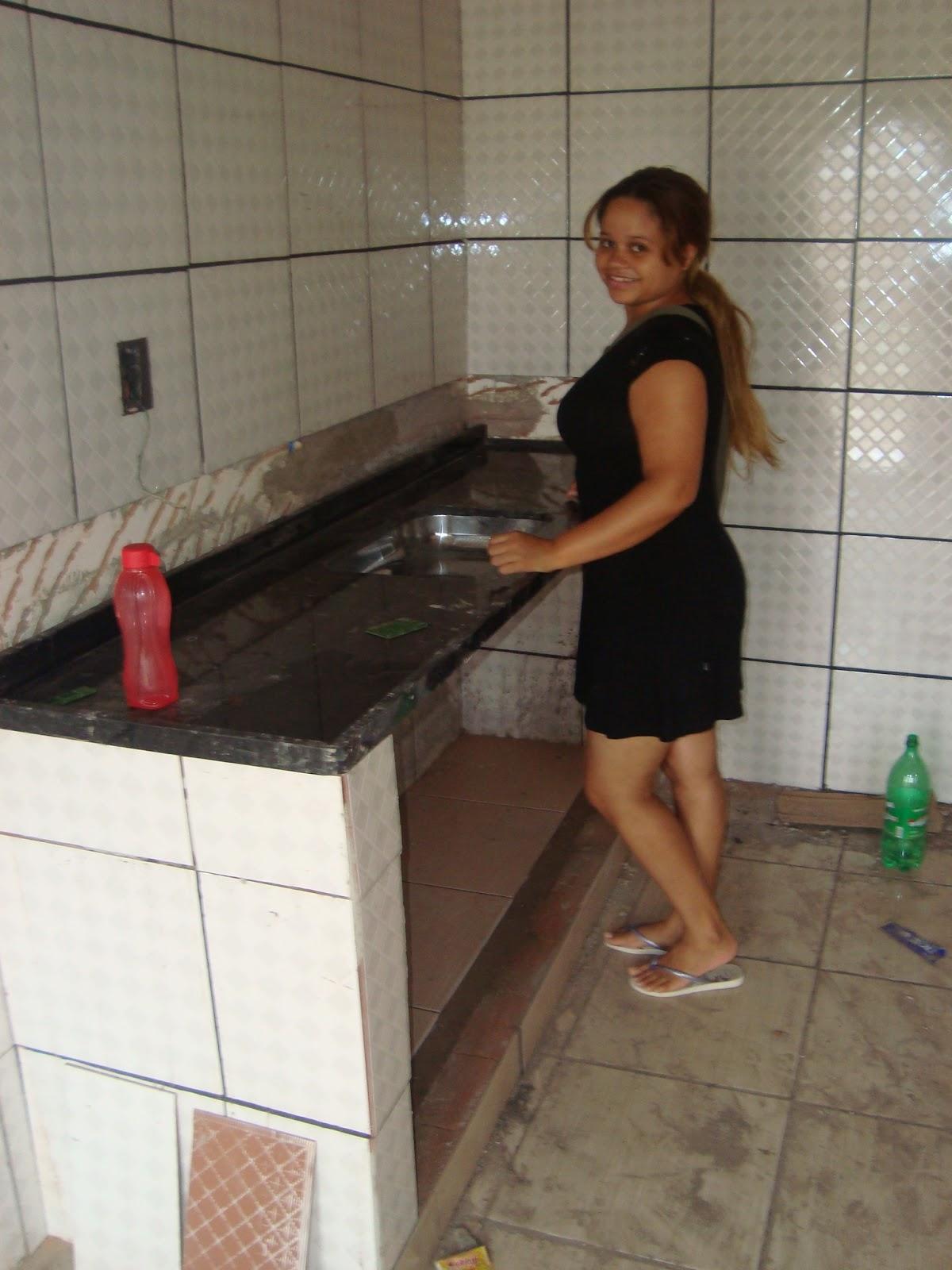 Agora sim foto da minha pia na altura certa kkkk tem ainda alguns  #A2292F 1200x1600 Altura Ideal Janela Banheiro