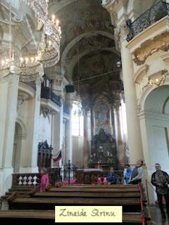 praga-piata-orasului-vechi-biserica-sf-nicolae-interior-1